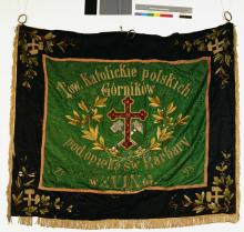 Fahne des polnisch-katholischen Bergarbeitervereins zu Eving (zu Dortmund) aus dem Jahr 1898, Schutzheilige: die Heilige Barbara – Leitspruch: Heilige Barbara, bete für uns