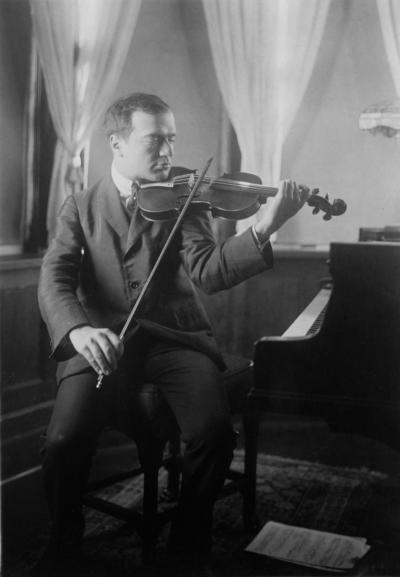 Bronisław Huberman, um 1928. Unbekannter Fotograf, Library of Congress, George Grantham Bain Collection, Washington, DC