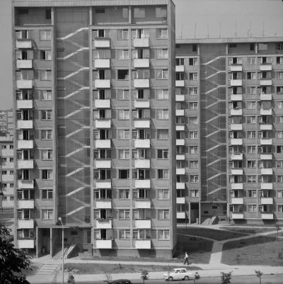 High-rise buildings of a housing estate in Gajowice (Wrocław), 1967.