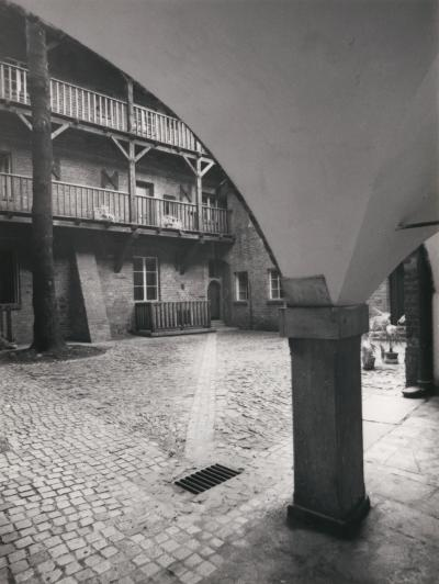 Inner courtyard of the old city prison in Wrocław, 1981.