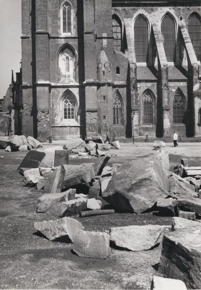 Fragments of rubble in front of the west tower of Wroclaw Cathedral, 1953