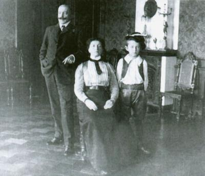 The Artist with Wife and Son, ca. 1905